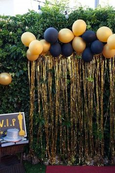 Decoration Birthday Party Ideas jihanshanum is part of Senior graduation party Create your perfect party with various decorations like the picture below!Choose from some of plain and themed birthda - Gatsby Party, Disco Party, Gold Party, Graduation Party Planning, Graduation Decorations, Graduation Party Foods, Grad Party Centerpieces, Farewell Party Decorations, Prom Decor