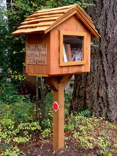 Little Free Library Portland, Oregon How cool is this!