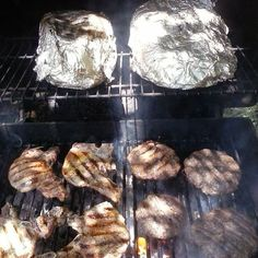 Even on my off day, I can't stop COOKING! lol🐮🐷 #Grill Queen 👑👑👑 #Paying Respects to the Fallen Soliders #Memorial Day