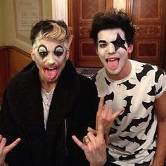 uhmm...why do I find this so damn attractive? lol Love them! <3