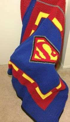Superman Crochet Blanket. Find the pattern here!