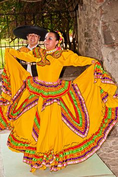 Mexican Dancing (19 of 37) | Graeme Churchard | Flickr