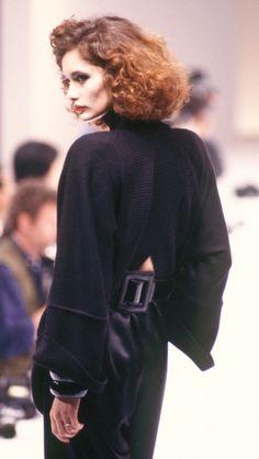 Fondazione Gianfranco Ferré / Collezioni / Donna / Prêt-à-Porter / 1985 / Autunno / Inverno♥נк∂