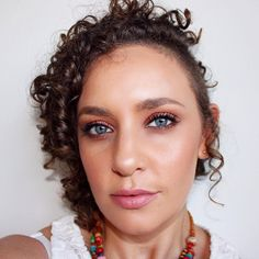 Bronzed makeup look Bronze Makeup Look, Cool Eyes, Mac Cosmetics, Selfies, Makeup Looks, Eyeshadow, Make Up, Instagram Posts, Color
