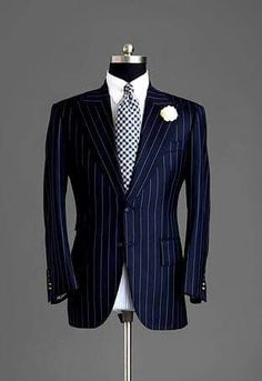 Everybody loves Suits — This is just simple striped jacket. Sharp Dressed Man, Well Dressed Men, Mens Fashion Suits, Mens Suits, Navy Blue Pinstripe Suit, Dark Blue Suit, Men's Fashion, Terno Slim, Mode Costume