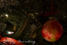Thrifty Decorating: DIY Painted Ornament. . .