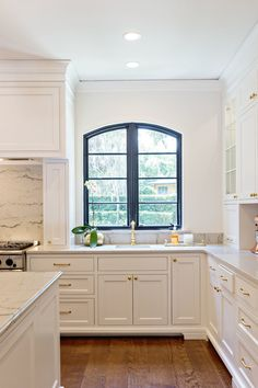 beautiful kitchen backsplash 1547 best white kitchens images on kitchens 1547