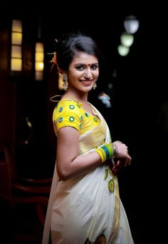 South Indian model and actress Priya Prakash Varrier new picture gallery. New image gallery of actress Priya Prakash Varrier. Indian Film Actress, South Indian Actress, Indian Actresses, Tamil Actress, Show Photos, Girl Photos, Dehati Girl Photo, Actress Priya, Most Beautiful Indian Actress