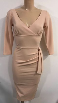 8d6cf927bc BEAUTIFUL LIGHT PINK NUDE PLUNGE NECK BODYCON WIGGLE PENCIL DRESS SIZE 16   fashion  clothing