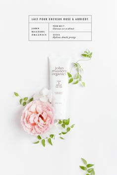 http://www.ohmycream.com/produit/john-masters-organics/lait-pour-cheveux-rose-abricot/1431 http://www.mylittlefabric.com/ma-petite-routine-capillaire/