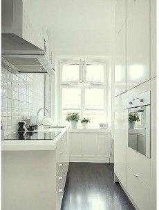 galley kitchen design idea 38