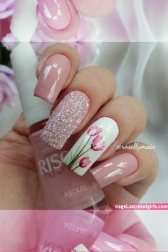 30 Cute Nail Design Ideas For Stylish Brides Best Acrylic Nails, Gel Nail Art, Acrylic Nail Designs, Nail Art Designs, Stylish Nails, Trendy Nails, Sqaure Nails, Finger Nail Art, Fabulous Nails