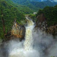 Cascada del Rio Malo, Ecuador