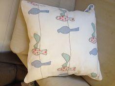 Bird cushion