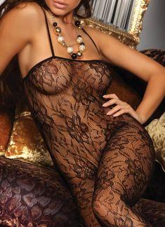 Deze prachtige Danae bodystockings van Livia Corsetti is een zwarte, kanten bodystocking met een fraai bloemenmotief en zachte spaghetti-bandjes. Geen open kruisje, dus de Danae kun je zo onder je outfit dragen! Lace Tights, Outfits, Suits, Kleding, Outfit, Outfit Posts, Clothes