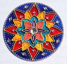 Mosaic Glass, Stained Glass, Cd Crafts, Cd Art, Colourful Living Room, Coloring Book Art, Suncatchers, Embroidery, Drawings