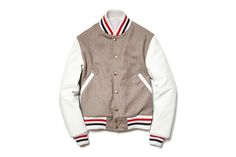 Here we have a look at New York designer Thom Browne's Varsity Jacket for the upcoming F/W 2012 season. We've seen him do varsity jackets in the past but this is our personal favorite to date. The light brown tweed is so… Thom Browne, Looks Style, Style Me, Varsity Jacket Outfit, Men's Fashion, Fashion Menswear, Lifestyle Fashion, Fashion News, Fall Jackets