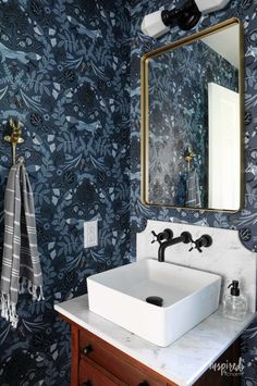 Hygge & West's Piedmont indigo wallpaper, gorgeous color palette, vintage and modern style mixed / Inspired by Charm; Powder Room Wallpaper, Bathroom Wallpaper, Wall Wallpaper, Blue Powder Rooms, Modern Powder Rooms, Small Powder Rooms, Hygge And West, Fashion Art, Bathroom With Makeup Vanity