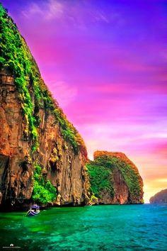 Enjoy your vacations -Phi Phi Island - Thailand's Island-Superstar