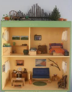 Super cute DIY dollhouse
