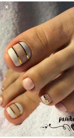 43 New ideas for pedicure designs toenails summer art ideas - Laundry room design - nagelpflege Gel Toe Nails, Simple Toe Nails, Summer Toe Nails, Gel Toes, Art Nails, Fall Pedicure, Pedicure Colors, Manicure Y Pedicure, Wedding Pedicure