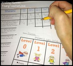 Young Teacher Love: Math Data Binders and a Freebie!! Tracking student progress by each learning standard.
