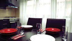 The #dining table in Daisy #Garden. #showroom #FiiinTrend