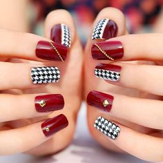 Spring and Summer nail designs come in in different styles this year, here you can find variety of colors and original nail art designs. We have selected some of the most beautiful nautical spring and summer nail art inspired by the. Nail Design Spring, Spring Nail Art, Winter Nail Designs, Nail Art Designs, Latest Nail Art, Trendy Nail Art, Nail Art Diy, Red Tip Nails, Hair And Nails
