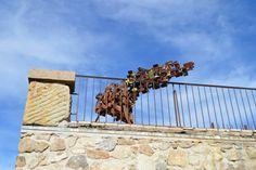 Sculpture d'Alfredo Portela au sommet de l'Aigoual Crédit photo : Delphine Bourrié