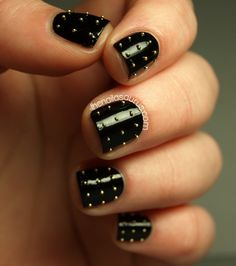 Thnks Fr Th Mmrs: Studded Nails