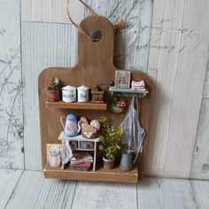 Dollhouse Miniature Kitchen Scene on a Cutting Board By hinahigh Diy Crafts Slime, Diy Crafts Hacks, Clay Crafts, Home Crafts, Diy And Crafts, Cardboard Dollhouse, Diy Dollhouse, Dollhouse Furniture, Dollhouse Miniatures