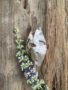 Quartz with Epidote, 28.1 gm, Brazil, Crystal Grids, Reiki, Chakra Stones, Mineral Specimens, Meditation Stones, Pagan, Altar Stones by SacredSpaceMinerals on Etsy