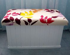 I'm in the market for a new blanket box and I found this amazing idea!