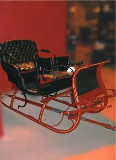 OnlineGalleries.com - Christmas Gift Suggestions: Antique Sleigh - Russian Troika With Family Crest (fully restored)