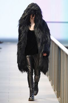 """Albéniz FW14/15 """"CAVALIERE"""" Collection In Maite Albéniz Zúñiga own words """"My inspiration for this collection, is based basically in terms of WINTER. That is, the need to keep warm, the concepts of cold, strength, loneliness, rain and snow. Beyond this idea, the collection has most of its inspiration on the PUNK movement, adapting it to its silhouettes and its final pieces"""".  080 Barcelona Fashion week"""