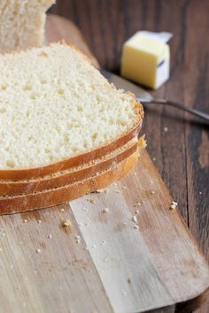 Classic White Sandwich Bread via @Cassie Laemmli | Bake Your Day