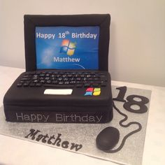 Laptop cake by Lyn