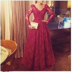 2016 Arabic Burgundy Lace Prom Dresses Sexy A Line V Neck Long Sleeve Floor Length Custom Made Formal Evening Gowns