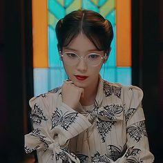"Timeless Glamour: Inside IU's Hauntingly Beautiful Fashion From ""Hotel Del Luna"" Iu Gif, Luna Fashion, Minions, Teen Photography, Glamour, Beauty Inside, Korean Drama, Her Hair, Female Models"