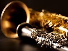 """No sábado, dia 19, o quarteto Ciranda Sax, daOrquestra Sinfônica Jovem de Mato Grosso, realiza mais um concerto da """"Série Amazônia"""" nos palcos do Espaço CDL Cuiabá, às 19h. A entrada é Catraca Livre. Coordenado pelo professor Murilo Alves, o grupo de saxofone é formado pelos músicos Neto Morais, Jasson André, Augusto César e Matheus...<br /><a class=""""more-link""""…"""