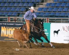 Working cow horse champion Richard Winters boots all four of his horses legs