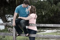 © Favorite Photography | Casual Engagement Pictures | Save the Date Pictures