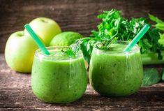 Vsaďte na zeleninové smoothie a doplňte potřebné vitamíny. #smoothie #zelenina #napoj #spenat #salat #mata #mandle Smoothie Detox, Healthy Smoothies, Smoothie Recipes, Sumo Detox, Sumo Natural, Ab Diet, Acide Aminé, Nutrition, Natural Detox