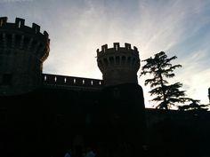 Atardecer en el Castell de Peralada en Peralada, Cataluña
