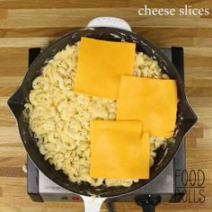 Skillet Mac And Cheese, Best Macaroni And Cheese, Macaroni N Cheese Recipe, Cheese Recipes, Cooking Recipes, Macaroni Recipes, Cast Iron Recipes, Pasta, Recipes From Heaven