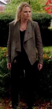 Emma Swan's grey leather jacket on Once Upon A Time.  Outfit Details: http://wornontv.net/9596/ #OnceUponATime