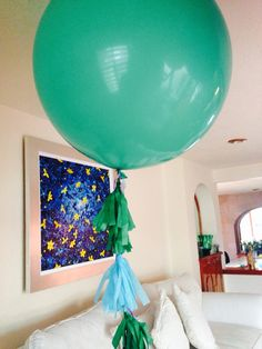Green Big balloons #balloons #globos #labonnfete  www.facebook.com/labonnefete.com.mx