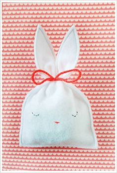 sachet lapin Des petits sachets lapins pour Pâques