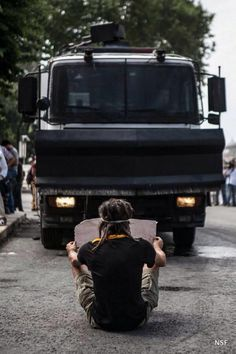 """The people of Istanbul have had enough of Turkish president Recep Tayip Erdogan's """"democratic"""" facist dictatorship. Spread the world and help their cause.  #occupygezi #direngeziparki #occupyturkey"""