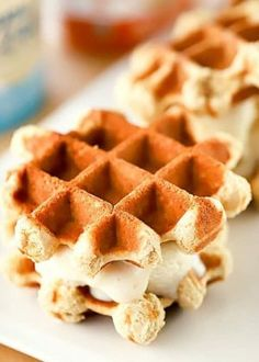 ice cream sandwich Ditch the store-bought ice cream sandwiches and make this homemade Skinny Waffle Ice Cream Sandwich recipe instead! This dessert recipe is a fun treat thats lower Waffle Cookies, Ice Cream Cookies, Mexican Food Recipes, Dessert Recipes, Dessert Healthy, Healthy Food, Cabbage Recipes, Potluck Recipes, Healthy Recipes